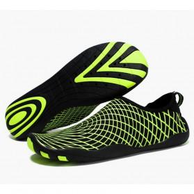 STOUREG Sepatu Pantai Olahraga Air Size 44 - 6688 - Green - 1