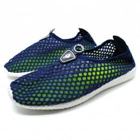 Sepatu Slip On Mesh Kasual Pria Size 39 - Dark Blue - 1