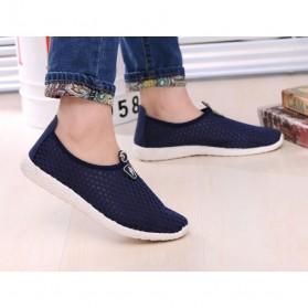 Sepatu Slip On Mesh Kasual Pria Size 39 - Dark Blue - 7