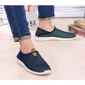 Sepatu Slip On Mesh Pria Size 42 - Green/Blue - 6