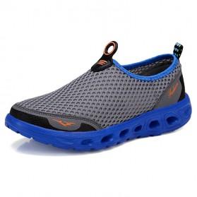 Sepatu Slip On Sport Pria Size 39 - Blue