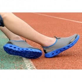 Sepatu Slip On Sport Pria Size 41 - Blue - 5