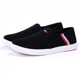 Sepatu Slip On Pria Size 42 - Black