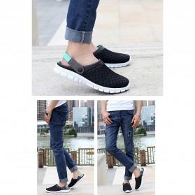 Sepatu Sandal Slip On Santai Pria Size 37 - Blue - 4