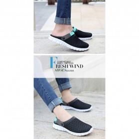 Sepatu Sandal Slip On Santai Pria Size 37 - Blue - 5