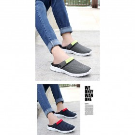 Sepatu Sandal Slip On Santai Pria Size 36 - Red - 4