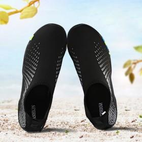 Sepatu Sneaker Pantai Olahraga Air - 1818 - 40 - Black/Gray - 3