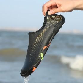 Sepatu Sneaker Pantai Olahraga Air - 1818 - 43 - Black/Gray - 7