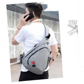 Dxyizu Tas Selempang Waistbag dengan USB Charger Port - Black - 13