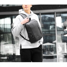Mark Ryden Tas Selempang Crossbody Bag dengan USB Charger Port - MRK9087 - Black - 8