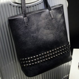 Tas Tote Wanita Vintage Style - Black