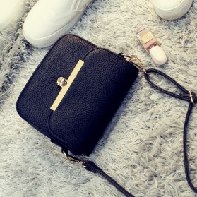 Tas Selempang Korean Retro - Black