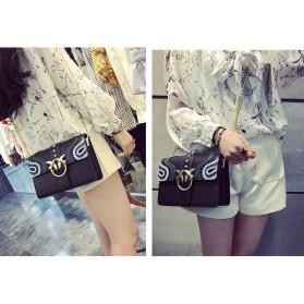 Tas Selempang Wanita Rivet Style Handbag - SAJSWG79953 - Pink - 7