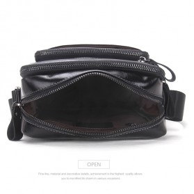 Contacts Tas Selempang Pria Messenger Bag Bahan Kulit - MB070 - Black - 7