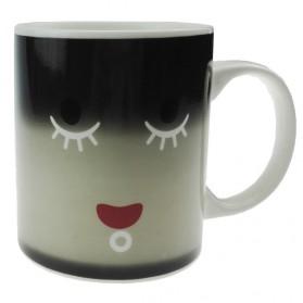Color Changing Magic Mug Cangkir Sensitif Suhu Motif Smile Face - Y-03 - Black - 6
