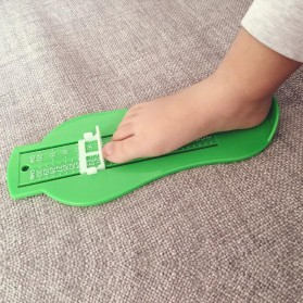 Perlengkapan Bayi - Alat Pengukur Kaki Bayi - Green