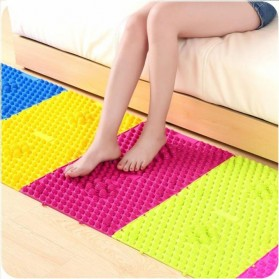 Fitness & Yoga - Alat Pijat Kaki Keset Refleksi Foot Reflexion Massage Mat - Multi-Color