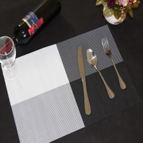 Alas Piring Meja Makan PVC 45 x 30 cm - Black White