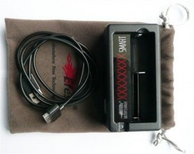 Efest XSmart Universal Single Battery Charger - Black - 4