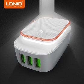 LDNIO Charger USB 3 Port 3.4A with LED Light - A3305 - White
