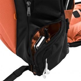 Everki EKP117NBKCT - Beacon Laptop Backpack with Gaming Console Sleeve - Black - 6