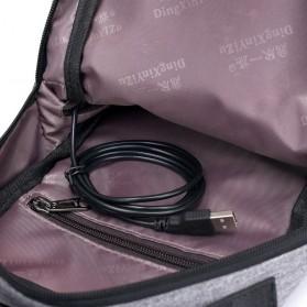 Crossbody Tas Selempang dengan USB Charger Port - Gray - 4