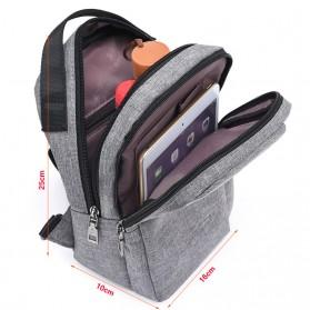 Crossbody Tas Selempang dengan USB Charger Port - Gray - 11