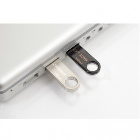Kingston DataTraveler SE9 (DTSE9H-16G) Special Edition - 16GB - Silver - 3