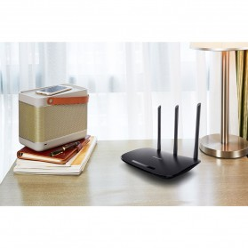 TP-LINK 450Mbps Wireless and Router - TL-WR940N - Black - 4