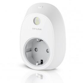 TP-LINK Wi-Fi Smart Plug - HS100 - White - 2
