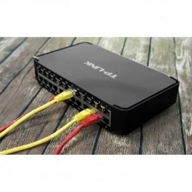 TP-LINK Desktop Switch 24-Port 10/100Mbps - TL-SF1024M - Black - 3