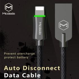 MCDODO Kabel Charger Lightning Premium Auto Disconnect 1.2 Meter - CA-3901 - Black - 4
