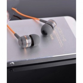 SoundMAGIC Earphones In-ear Sound Isolating Powerful Bass with Mic - ES18S - Gray/Orange