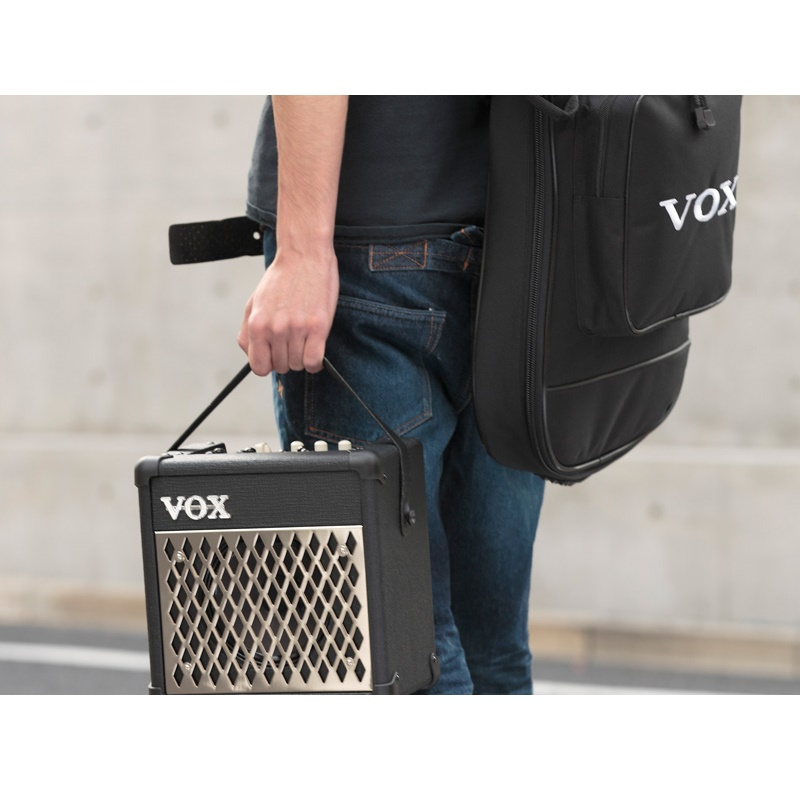 ... VOX Mini5 Rhythm Guitar Amplifier - Black - 4 ...