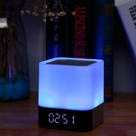 Jam Alarm Mini Clock Bluetooth Speaker dengan Lampu Tidur Colorful - XGS001 - White - 6