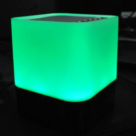 Jam Alarm Mini Clock Bluetooth Speaker dengan Lampu Tidur Colorful - XGS001 - White - 12