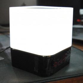 Jam Alarm Mini Clock Bluetooth Speaker dengan Lampu Tidur Colorful - XGS001 - White - 13