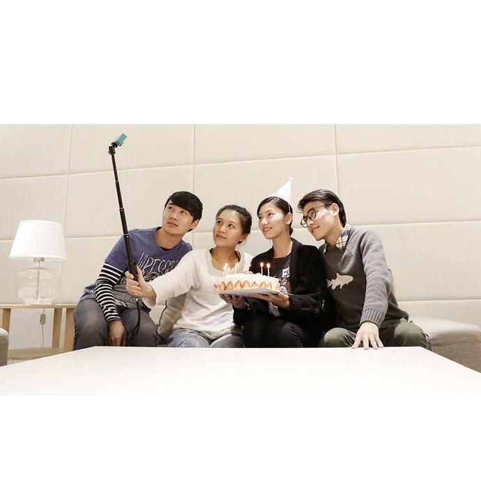 xiaomi yi selfie stick monopod with bluetooth remote for xiaomi yi yi 2 4k. Black Bedroom Furniture Sets. Home Design Ideas