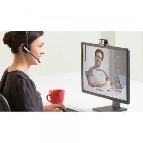 Logitech Business Webcam HD Stream 1080P with Microphone - C930e - Black - 5