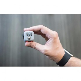Mainan Pelepas Stress Fidget Hand Cube Big Size - Black/Red - 10