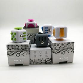 Mainan Pelepas Stress Fidget Hand Cube - Black/Blue - 5