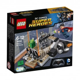 Lego DC Comic Clash of the Heroes - 76044