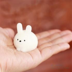Squishy Toy Model Kelinci - White - 5