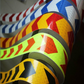 Taffpack Reflective Sticker Marker Mobil Truk Arrow Pattern 5cm 3 Meter - 68 - Black/Yellow - 3
