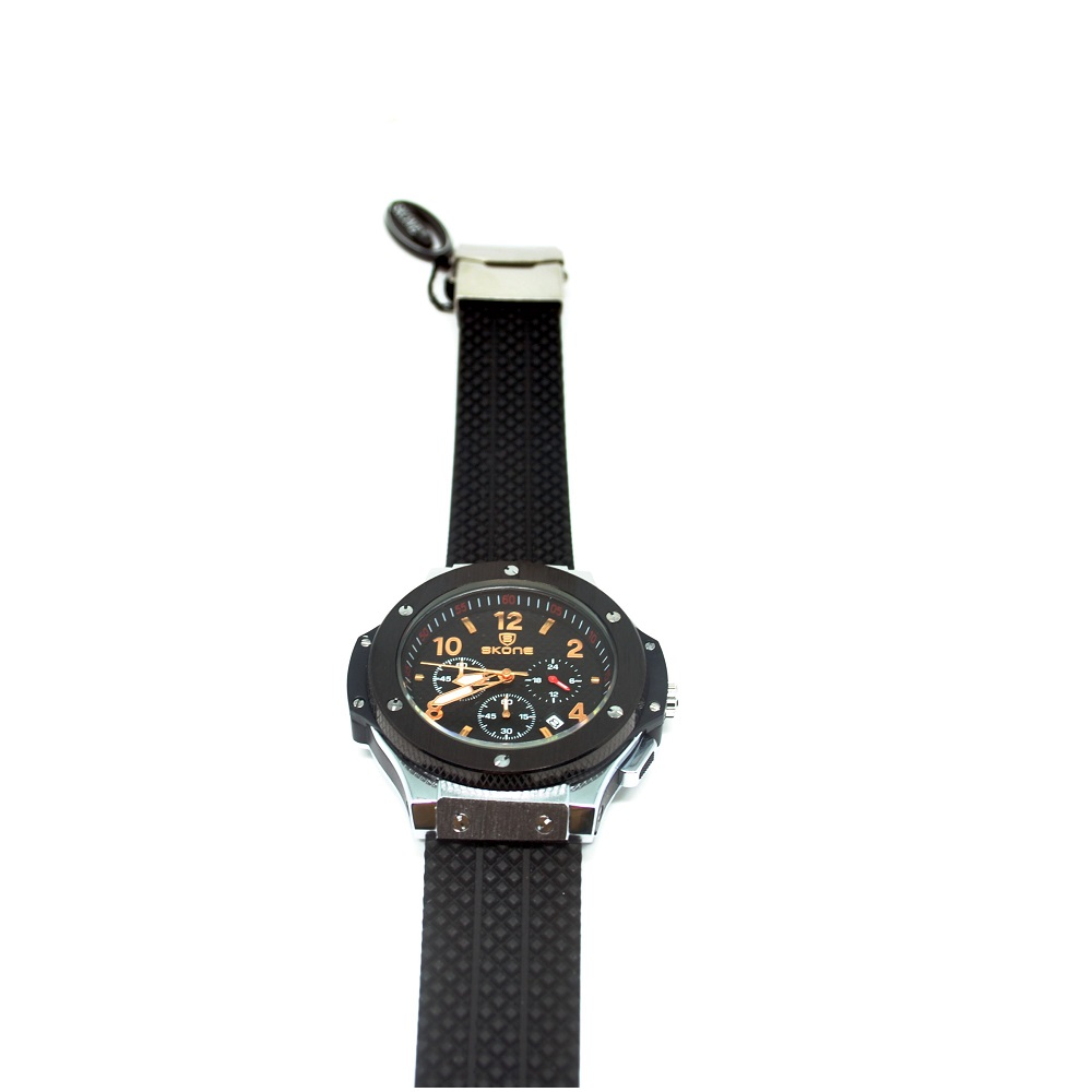 Skone Casual Rubber Strap Watch Water Resistant 10m