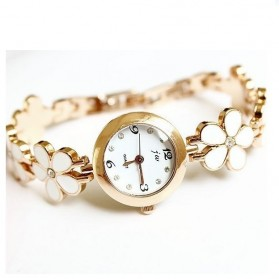 Girl Fashion Stylis Four Leaf Clover Quartz Watch - White
