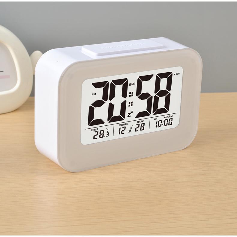 Hasil gambar untuk jam alarm