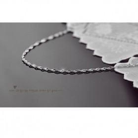 Necklace With Water Wave Shape 925 Sterling Silver / Kalung Wanita - White