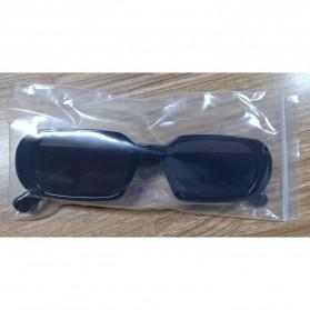 Yueyaolao Kacamata Trendy Oval Frame Sunglasses - UV4976 - Black - 10