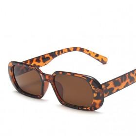 Yueyaolao Kacamata Trendy Oval Frame Sunglasses - UV4976 - Black/Brown